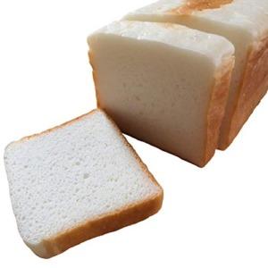 米粉100%の食パン